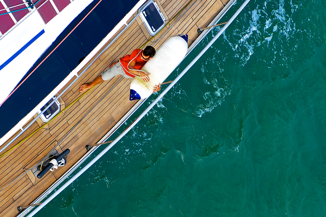 F Series boat fender white, boat size chart