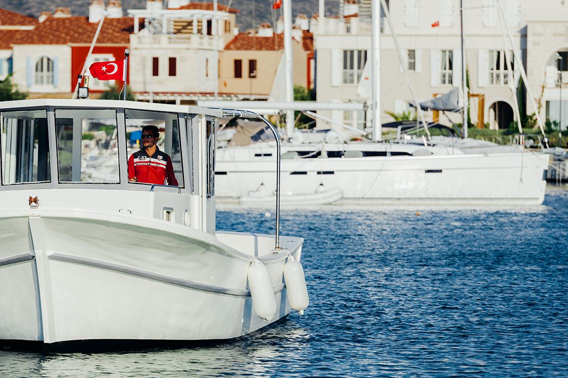 Blue boat fenders, Polyform NF Series Cobalt Blue, Polyform NF boat fender size chart